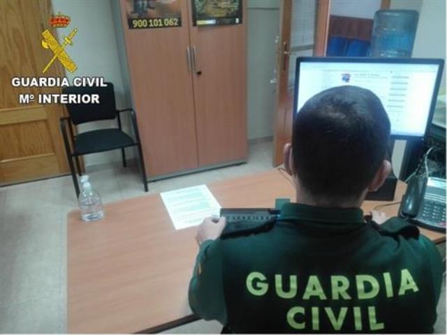 Detenido por intentar robar la caja en un local en Villacañas (Toledo), amenazando a la dueña con un cuchillo