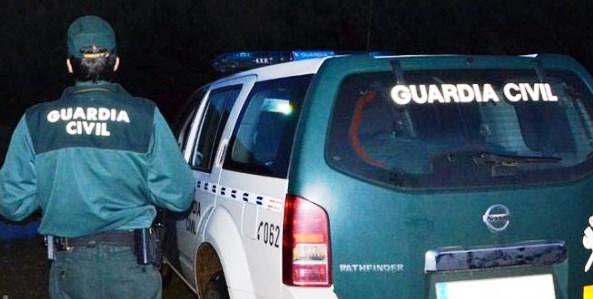 Asaltan el puesto de Guardia Civil de Villafranca de los Caballeros y sustraen pistolas y uniformes oficiales