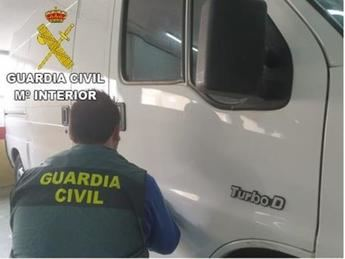 Tres detenidos por 32 robos en vehículos por valor cercano a los 25.000 euros en Toledo y Madrid