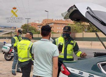 Investigan al conductor de un camión que cuadruplicaba la tasa máxima de alcohol en la Autovía A-30 entre Albacete y Murcia