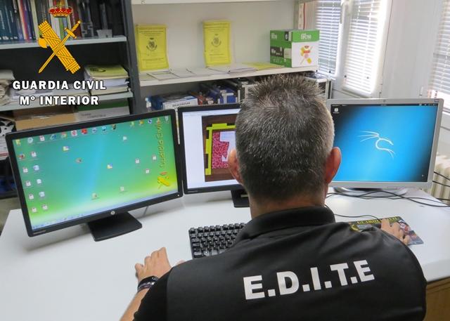 La Guardia Civil de Villarrobledo (Albacete) investiga a un joven que quería obtener fotografías íntimas de un menor de 13 años