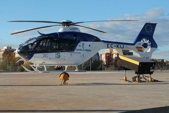 Un fallecido y dos heridos tras la salida de vía de un turismo en Torrejoncillo del Rey (Cuenca)