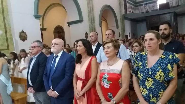 Hellín celebró en la abarrotada iglesia de Isso la misa en honor de su patrón