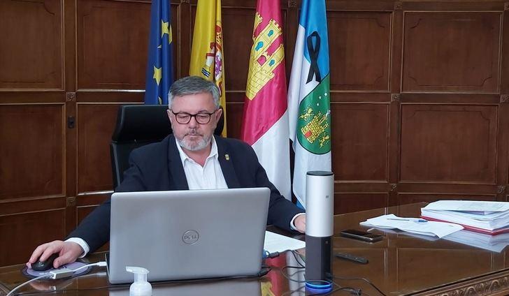 El alcalde de Hellín pide que se autoconfine la población ante el aumento del coronavirus
