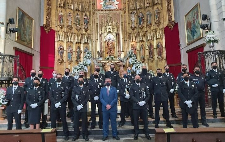 Hellín y su Policía Local vivieron de una forma especial su patrón, San Rafael