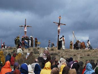 La Semana Santa de Hiendelaencina (Guadalajara) representa este Viernes Santo su 47ª Pasión Viviente