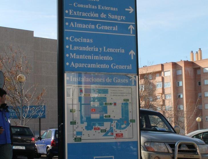 Un joven de 22 años es agredido con un arma blanca en Cuenca tras un intento de robo en un portal
