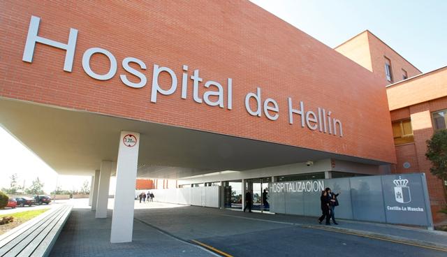 Un hombre y una mujer afectados por intoxicación de humo en el incendio de su cocina en Hellín (Albacete)