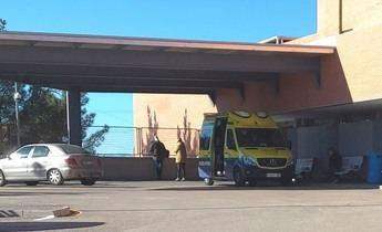 Trasladadas al Hospital de Hellín dos mujeres intoxicadas por humo tras el incendio en una vivienda en Elche de la Sierra