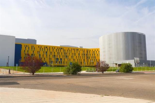 Un centenar de profesionales sanitarios inician su formación como residentes en el nuevo hospital de Toledo