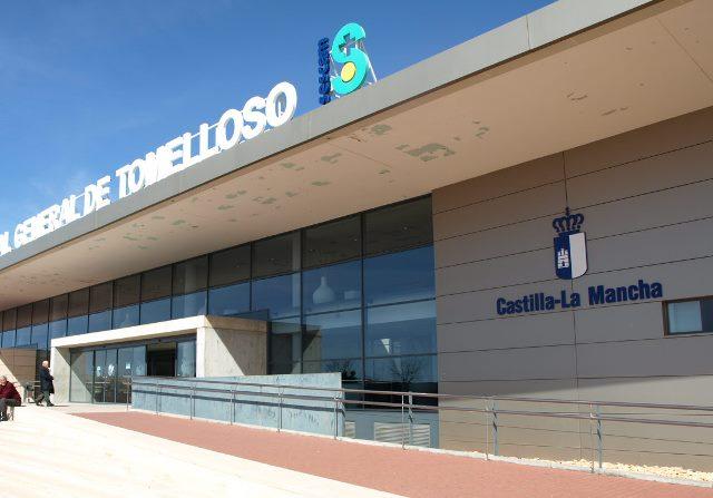 Trasladan a 5 personas al hospital tras chocar tres vehículos en Tomelloso (Ciudad Real)