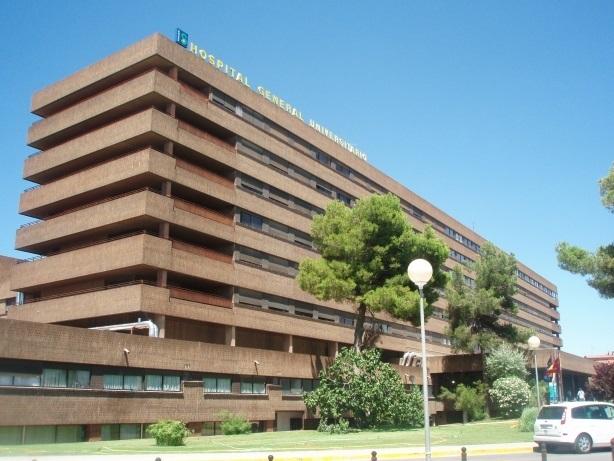 Un hombre de 41 años resulta herido al caer desde un cuarto piso en Lezuza (Albacete)
