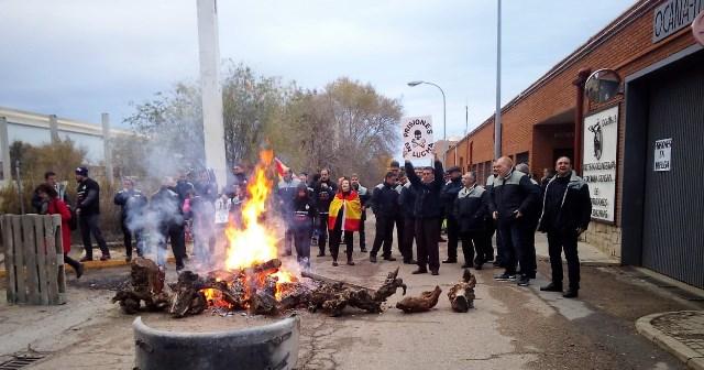 Los trabajadores de prisiones de Castilla-La Mancha mantienen por tercer día el seguimiento casi unánime de la huelga