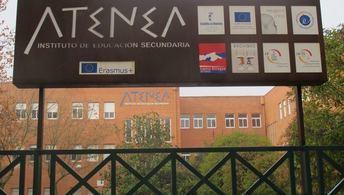 Un escape de gas obliga a desalojar a 200 alumnos del IES Atenea de Ciudad Real