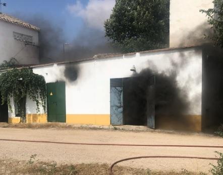 Los bomberos de Albacete sofocaron un incendio en Casa Nueva de Acequión