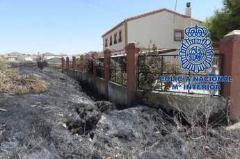 Detenidos los autores del incendio provocado en la calle Columnas de Hellín (Albacete)