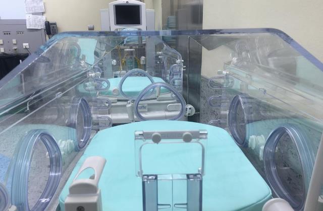 El Hospital de Hellín (Albacete) dispone de dos nuevas incubadoras para su área de pediatría