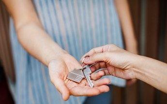 La Junta de Castilla-La Mancha quiere mejorar el mercado de viviendas para dar seguridad a propietarios e inquilinos
