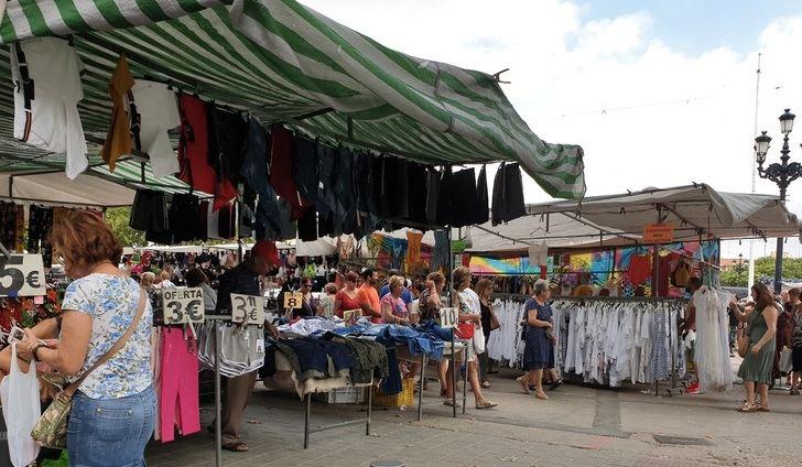El mercado de Invasores de Albacete se toma 'vacaciones' hasta después de la Feria