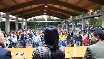 Interesante conferencia la ofrecida por Irene Villa en el Club de Tenis Albacete