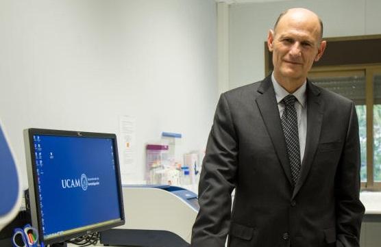El científico helllinero Juan Carlos Izpisúa es uno de los participantes de la investigación pionera sobre el desarrollo humano
