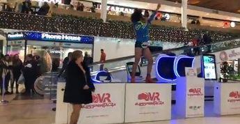 Jesús Crazy protagoniza un vídeo viral en un centro comercial de Albacete