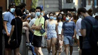 El Gobierno pide a los jóvenes 'último esfuerzo y responsabilidad' porque queda muy poco para derrotar al virus
