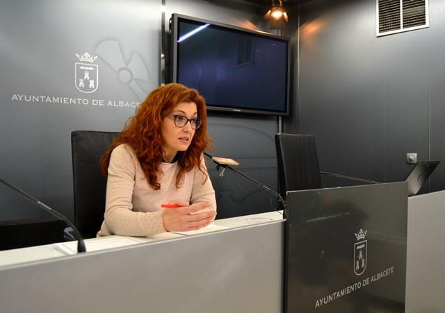El PSOE de Albacete quiere que las personas con 33% de discapacidad tengan bonificaciones en el transporte urbano