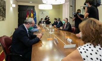 Albacete verá cómo se remodelan y modernizan los hospitales de Hellín, Almansa, Villarrobledo y la capital