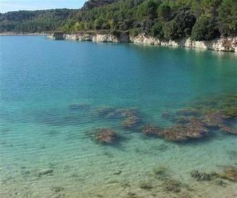 Ruidera teme una 'avalancha' de bañistas a la localidad tras el cierre de Las Lagunas en Ossa de Montiel