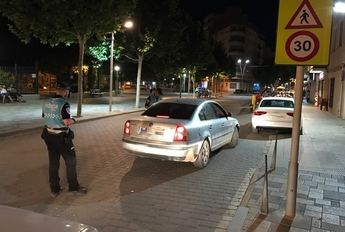 Imagen de archivo de controles de policía en La Roda