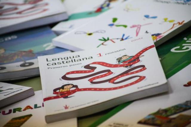 Castilla-La Mancha destina 10,5 millones de euros a ayudas de comedor y libros de texto para el próximo curso escolar