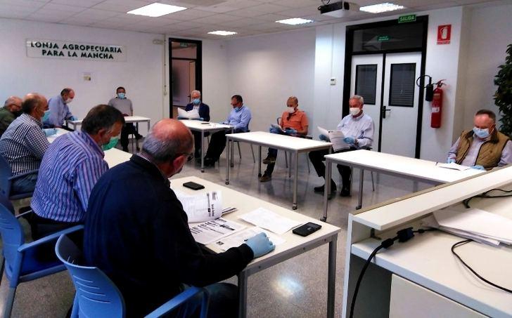La Lonja Agropecuaria de Albacete retomó sus reuniones presenciales en la sede del ITAP