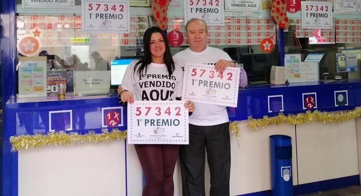La administración 11 de Albacete vende el 57.342, primer premio de la Lotería del Niño