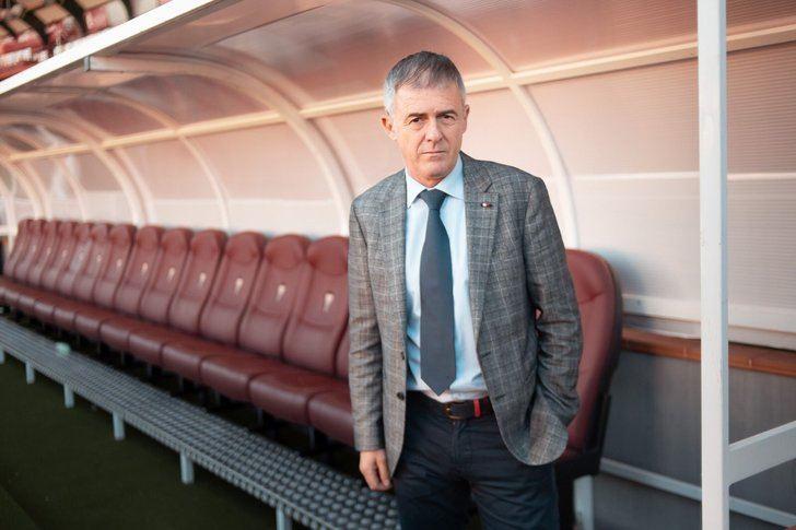 El Albacete Balompié hace oficial la renovación de Lucas Alcaraz como técnico blanco
