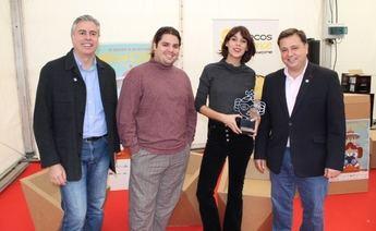 Belén Cuesta recibió el premio a su trayectoria en el festival Abycine