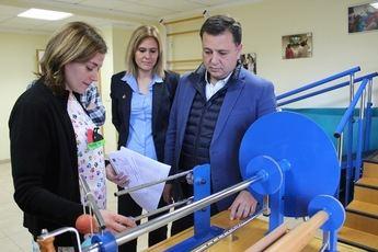 Apoyo municipal al proyecto de AFA Albacete de centro de atención a enfermos de alzheimer y otras demencias