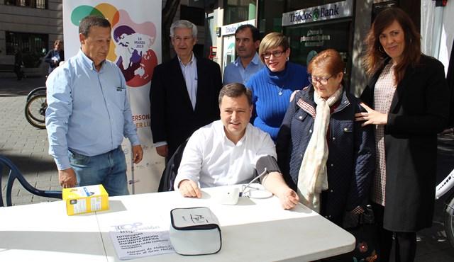 ALCER constata el apoyo del Ayuntamiento de Albacete en el Día Mundial del Riñón