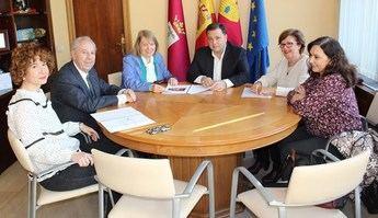 El Ayuntamiento de Albacete seguirá colaborando con la Asociación Albacetense de Amigos de la Ópera