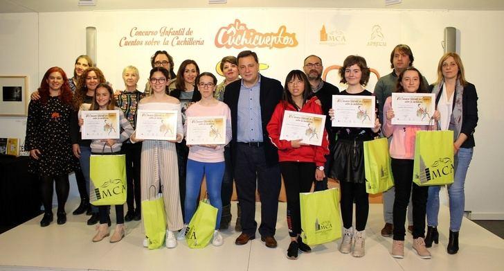 168 escolares han participado en el VI Concurso infantil de cuentos de Albacete sobre la cuchillería