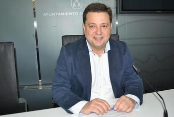 El alcalde de Albacete valora positivamente que la ciudad registre en mayo el número de desempleados más bajo de la última década