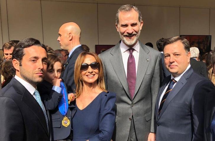 La familia de Dámaso González recibe la Medalla de Oro al Mérito de las Bellas Artes, concedida al torero