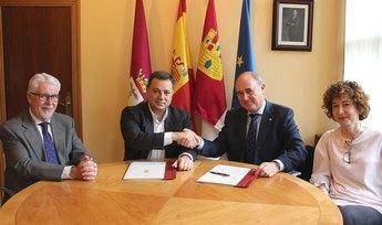 Ayuntamiento y Fundación Globalcaja firman un convenio para desarrollar el proyecto 'Programación cultural 2019' en Albacete