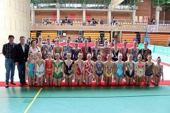 El alcalde apoya a las gimnastas del Campeonato Regional disputado en Albacete