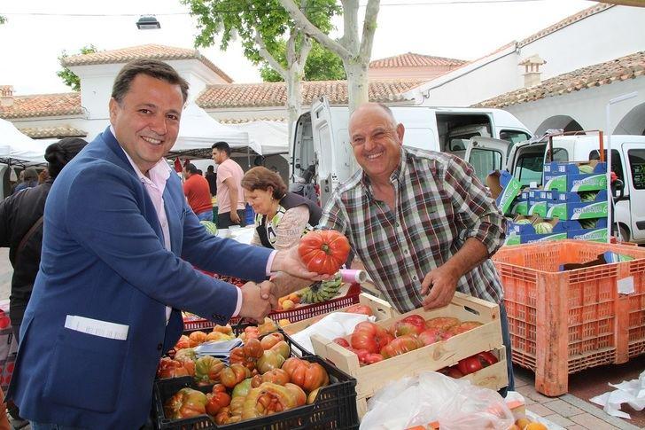 Manuel Serrano (PP) quiere que los solares vacíos de Albacete sirvan como parkings gratuitos