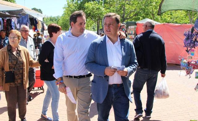 Serrano (PP) propone que Albacete sea más abierto y se pueda acceder desde el móvil a los servicios municipales