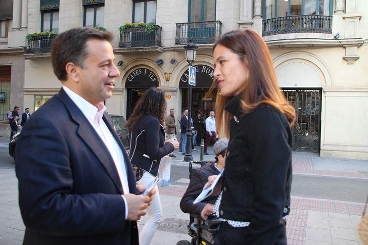 Manuel Serrano (PP) seguirá con el plan de peatonalizar las calles del centro, escuchando a vecinos y comerciantes