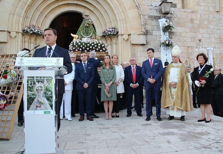 Procesión y ofrenda floral en Albacete a la Virgen de Los Llanos con motivo del LXIII aniversario de su Coronación Canónica