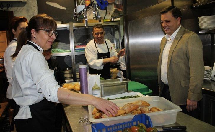 Las Jornadas Gastronómicas 'Ocho Cocineros en Dallas' muestra al alto nivel de la restauración en Albacete