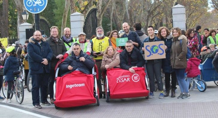 Albacete acogió en el Parque Abelardo Sánchez la marcha 'Muévete por el clima'
